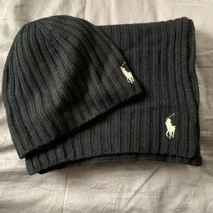 b969ede4654 Polo Ralph Lauren Matching winter hat and scarf.